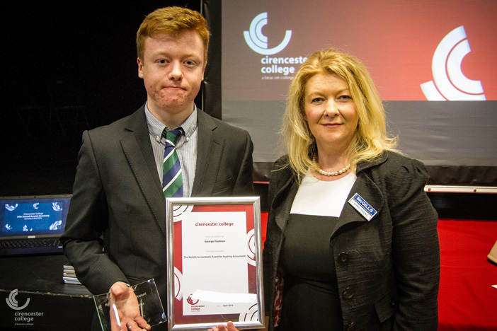 Cirencester accountants support student's win of sponsored college award